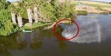 Göletin üzerinde böyle uçtu