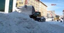 Ağrı'da kar kalınlığı 76 santime çıktı