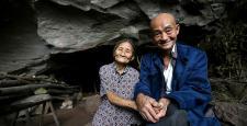 54 yıldır mağarada yaşıyorlar