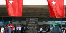 Atatürk Havalimanı'ndaki anıt törenle açıldı
