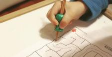 Çocuğa kalem tutması nasıl öğretilir?